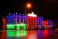 Наружное освещение: архитектурное освещение зданий, фасадов дома в Омске